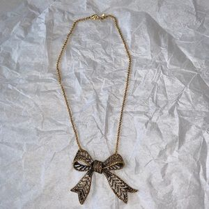 Jewelry - Ribbon/Bow Necklace in Gold